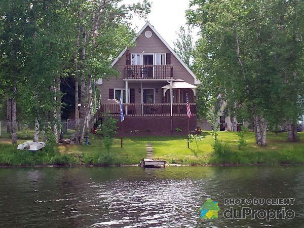 Lake View - 1527 15e Chemin, L'Ascension-De-Notre-Seigneur for sale