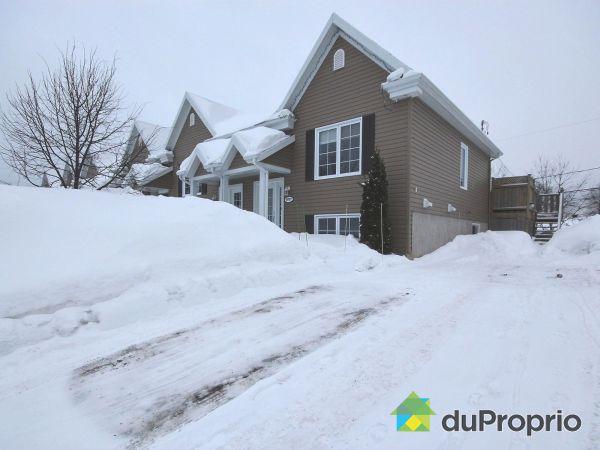 Winter Front - 4027 rue de la Pinède, Charlesbourg for sale