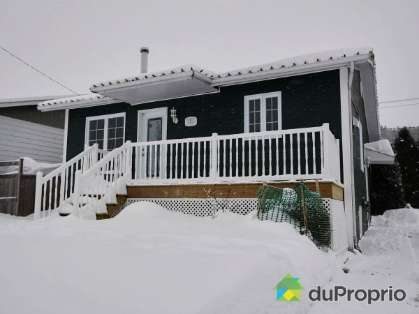 Winter Front - 121 rue Yvette, Chicoutimi (Canton Tremblay) for sale