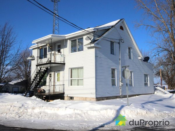 47 rue Verville, Baie-Du-Febvre for sale