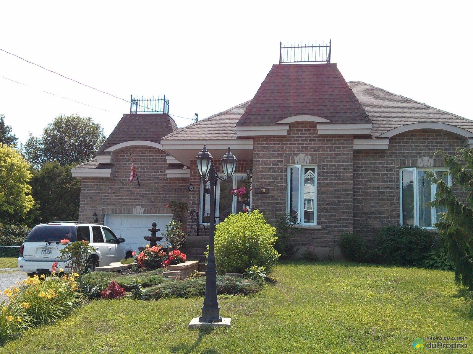 Summer Front - 325 avenue Denonville, St-Hyacinthe (Douville) for sale