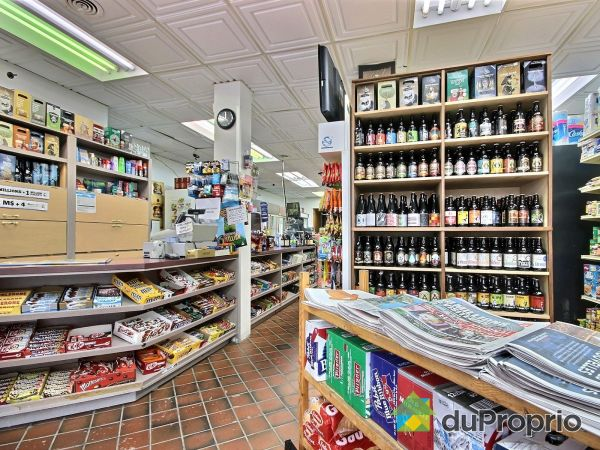 Service Counter - 5191 Boulevard Saint-Laurent, Le Plateau-Mont-Royal for sale
