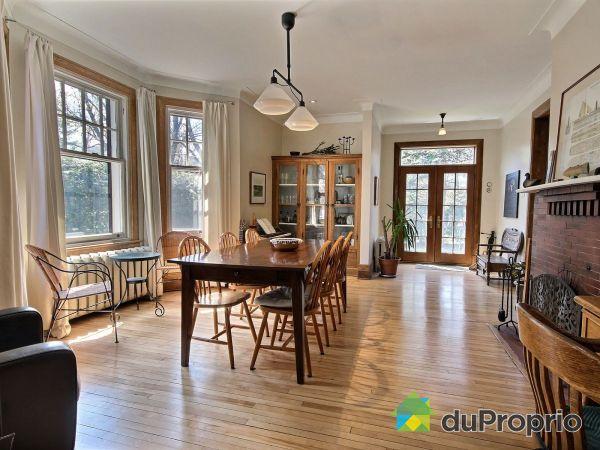 Living / Dining Room - 345 rue Pine, St-Lambert for sale