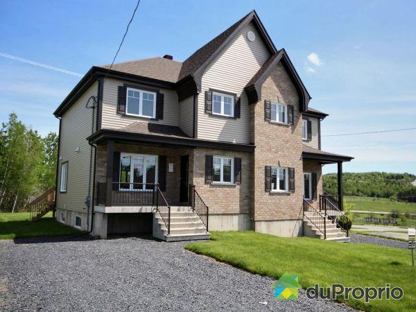 2157, rue du Chèvrefeuille - Les versants du Parc - Par les Constructions Christian Belleau, Sherbrooke (Fleurimont) à vendre
