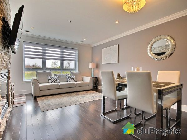 Living / Dining Room - 105-300 boulevard des Cépages, Duvernay-Est for sale