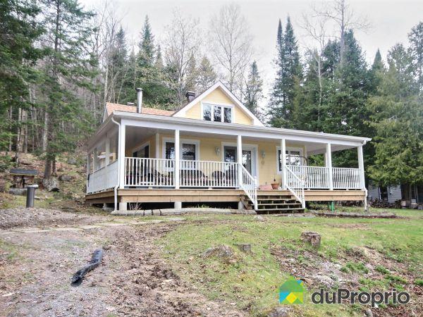 625, Côté Ouest du Lac, Lac-Des-Seize-Iles à vendre