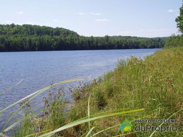 Waterfront - 256 chemin de la Traverse, Aumond for sale