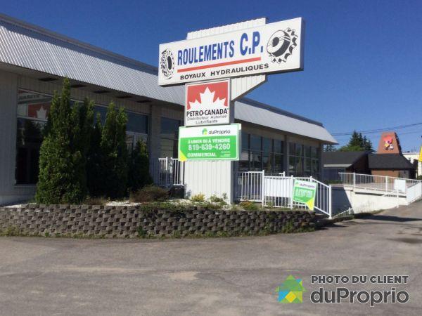1122, boulevard Albiny-Paquette, Mont-Laurier à vendre
