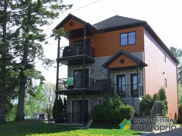 Summer Front - 1266 rue des Écoliers, Lac-St-Charles for sale