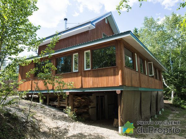 158 chemin Poissant, Lac-St-Paul for sale