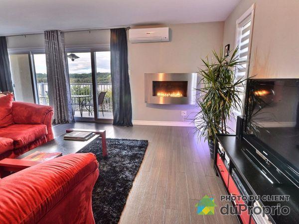 Living Room - 1452 boulevard du Saguenay Ouest, Chicoutimi (Chicoutimi) for sale