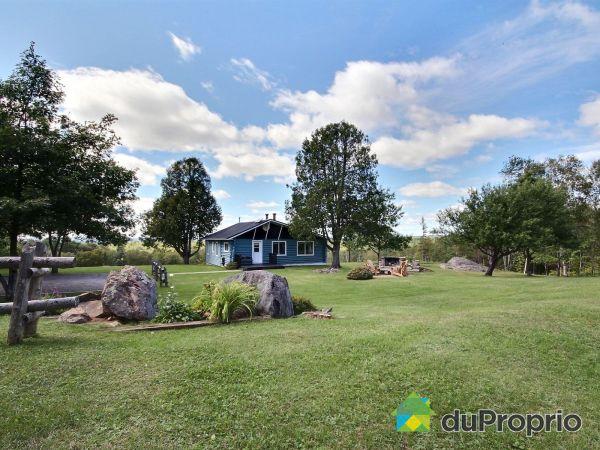 99 chemin du Lac-Tortue, La Macaza for sale