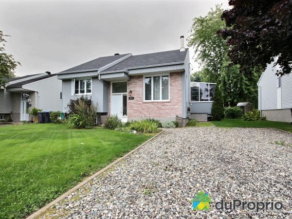 Summer Front - 827 rue des Canetons, St-Jean-Chrysostome for sale