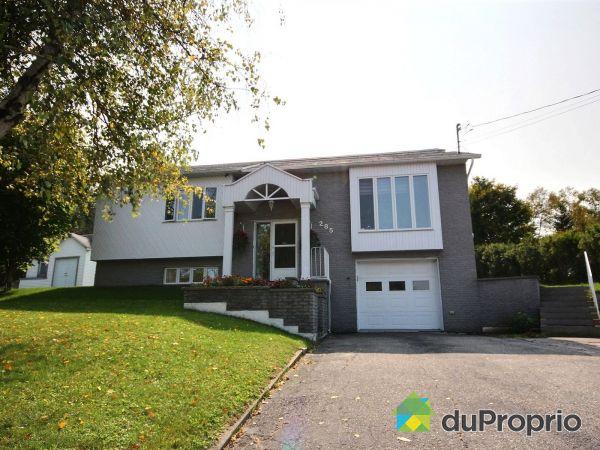 285, rue des Pivoines, Mont-Laurier à vendre