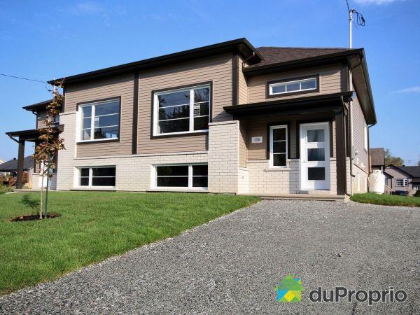 150, rue Athéna - Quartier St-Élie - Par les Constructions Christian Belleau, Sherbrooke (St-Élie-d'Orford) à vendre