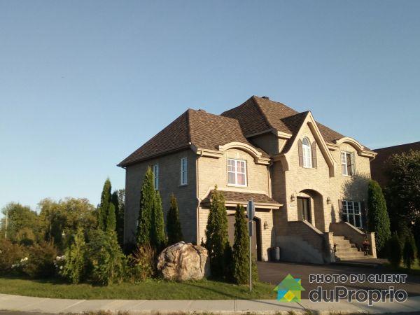 Summer Front - 3200 boulevard de Boucherville, St-Bruno-De-Montarville for sale