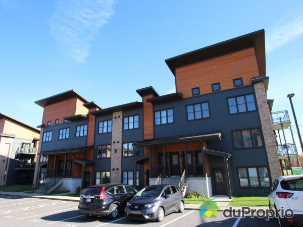 204-1676 boulevard Pie-XI Nord, Val-Bélair for sale