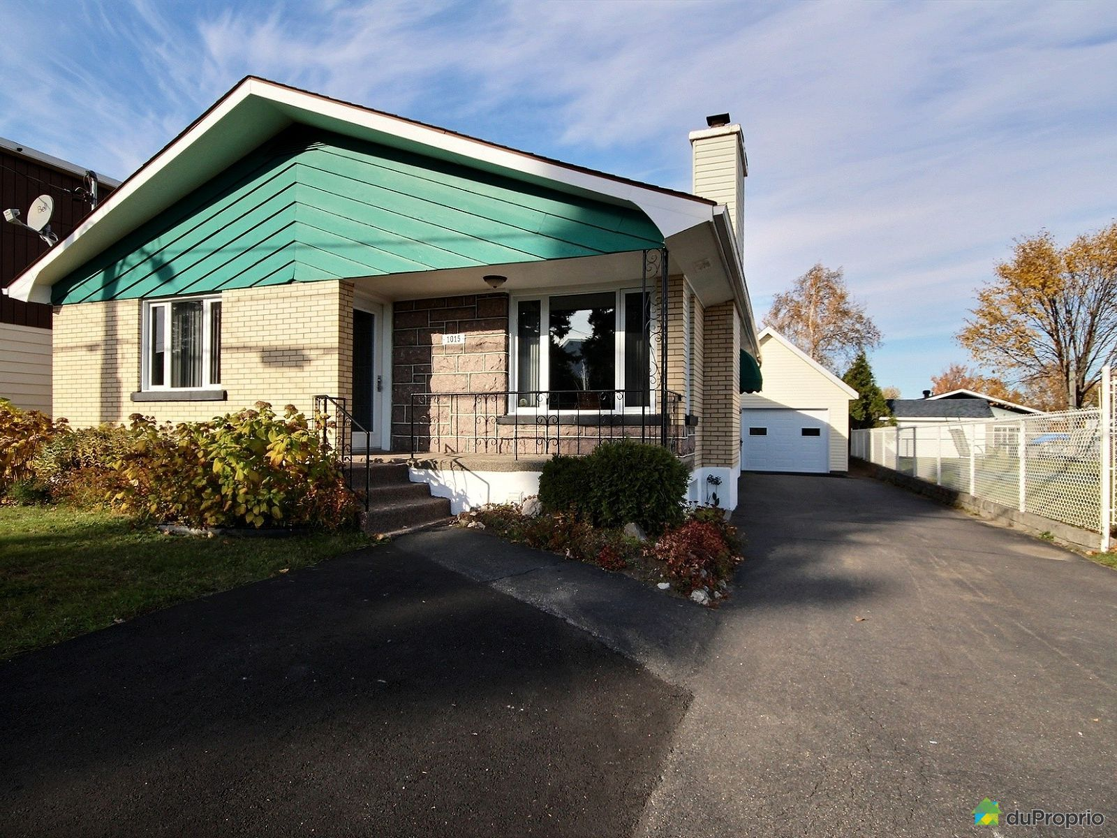 Summer Front - 1015 rue Gauthier Ouest, Alma for sale