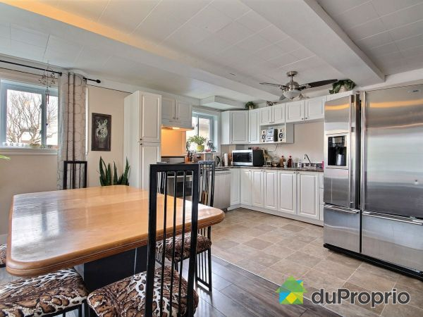 Eat-in Kitchen - 611-613-615, rue de Montcalm, Berthierville for sale