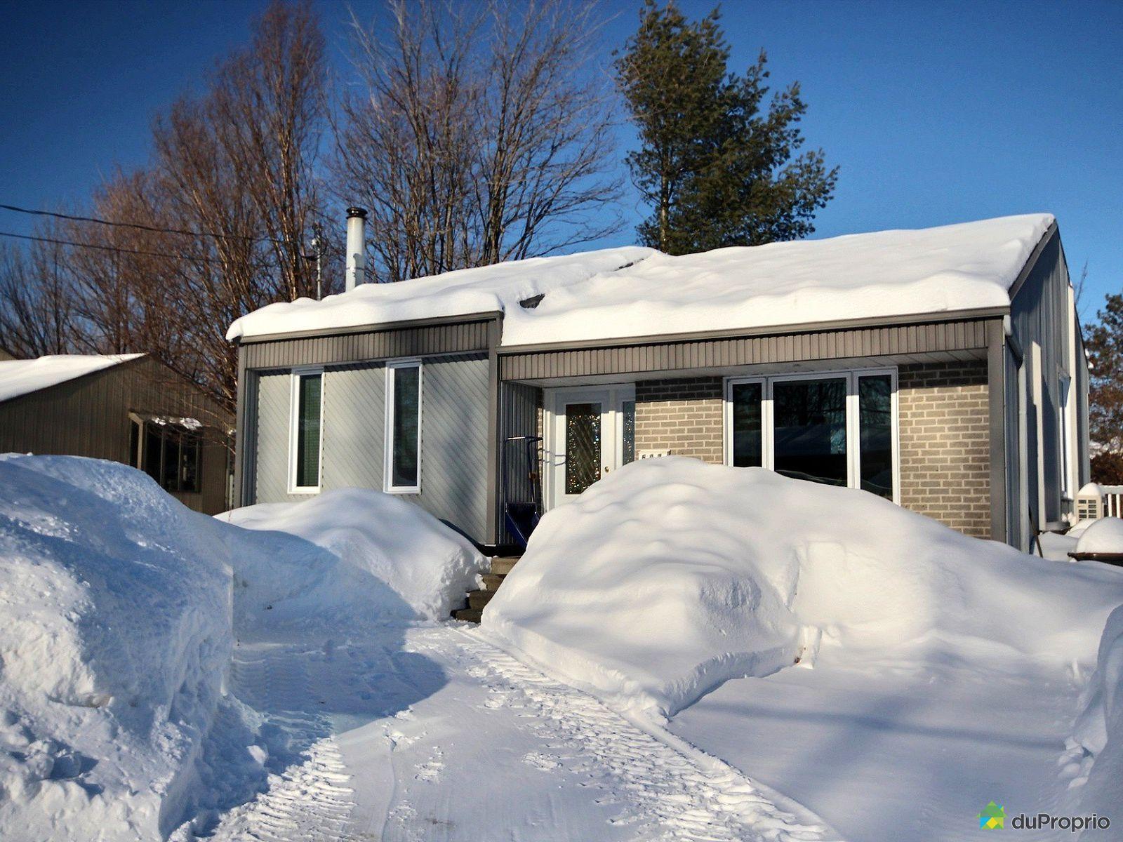 Winter Front - 597 rue Marie-Antoinette, Pintendre for sale