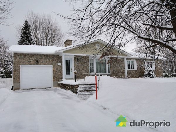 Winter Front - 635 rue Parkview, Otterburn Park for sale