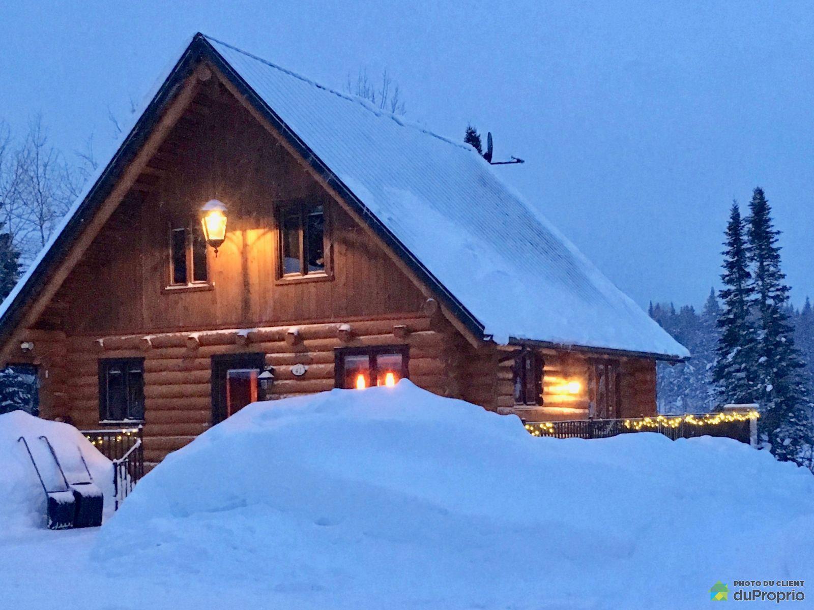 Winter Front - 42 chemin Bertrand Est, La Tuque (Lac-Édouard) for sale