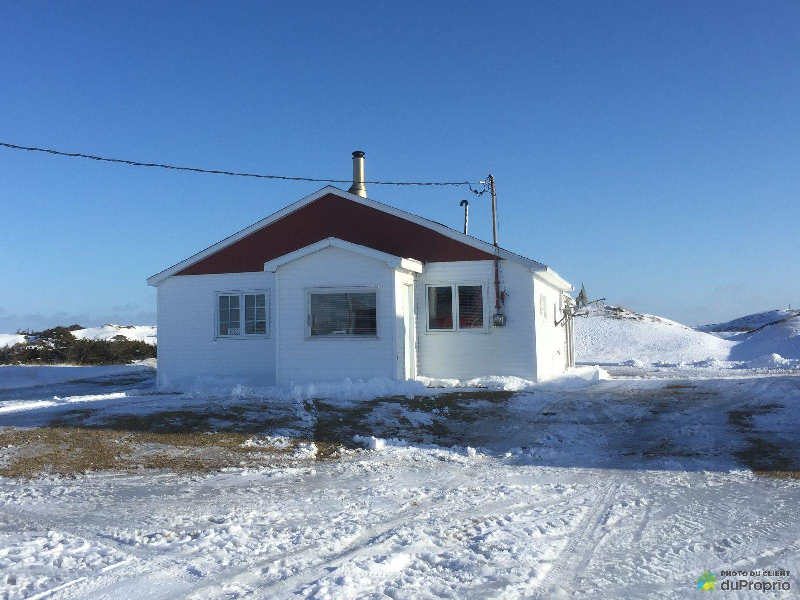 Winter Front - 2552 rte 199, Iles-de-la-Madeleine (Havre-aux-Maisons) for sale