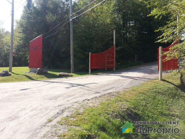 Entrée - 1, rue du lac Frédéric, Lakefield à vendre