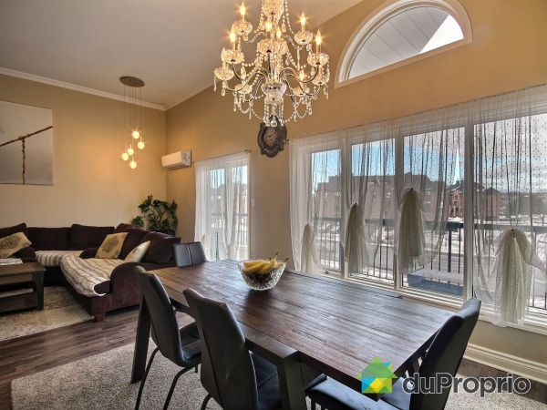 Dining Room / Living Room - F-61 rue de Toulouse, Gatineau (Gatineau) for sale