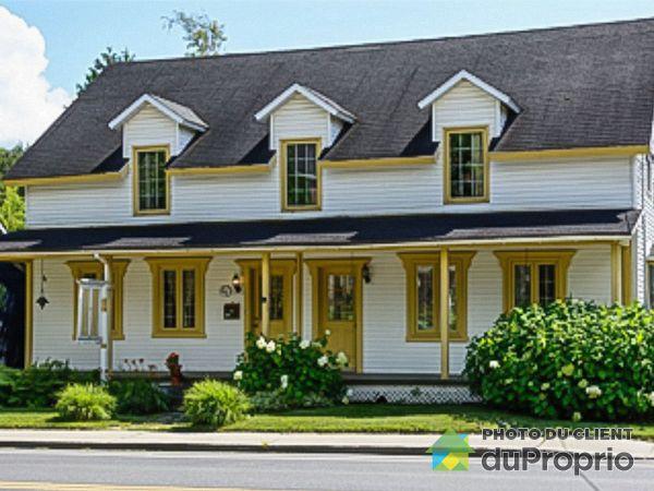 233 chemin de Knowlton, Lac-Brome (Knowlton) for sale