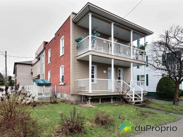 107-109, rue Clarence, Granby for sale