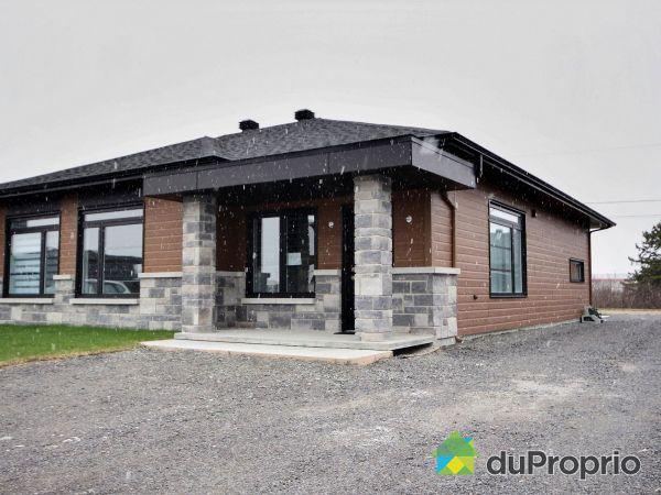 . rue Sauvignon - Par Construction Platinum Saguenay inc., Chicoutimi (Chicoutimi) for sale