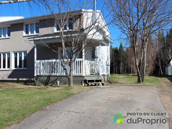 10 4e Rue, Port-Cartier for sale