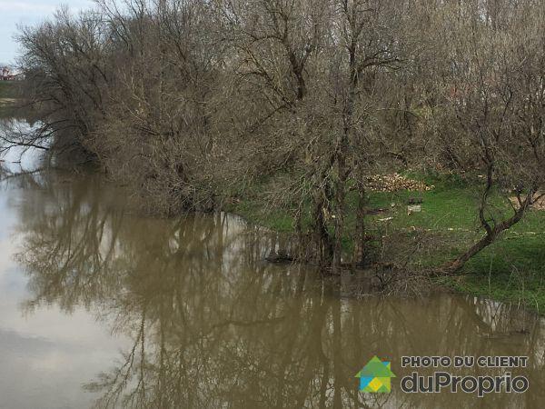 Vue sur rivière - 65, rang du Bas-de-l'Achigan, L'Épiphanie à vendre