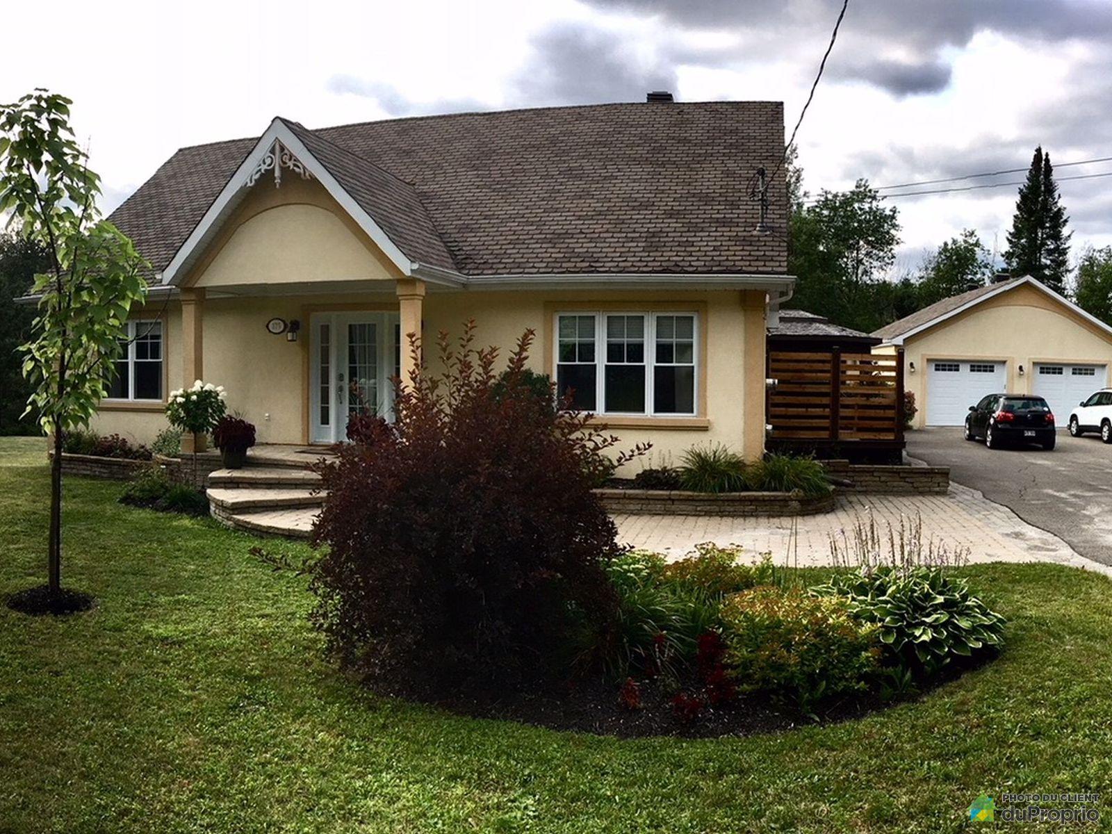 Garage - 175, 1re Avenue de la Beauport, St-Calixte à vendre