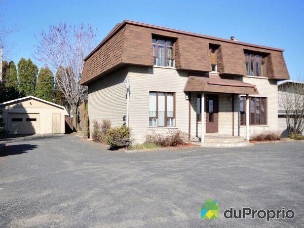 524 avenue du Pont-Nord, Alma for sale