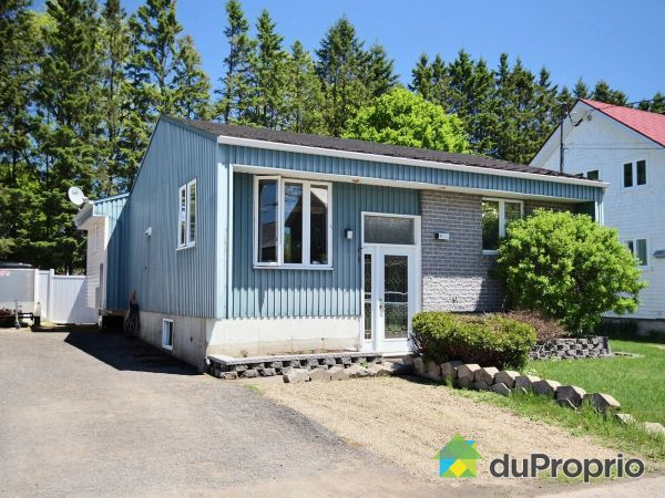 10 rue Saint-Jean, Pont-Rouge for sale