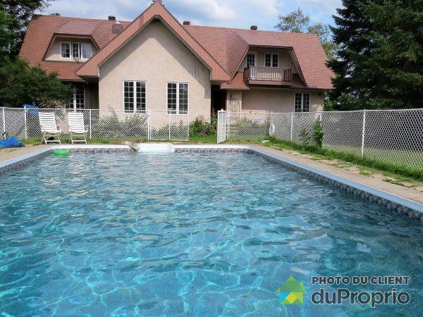 Pool - 1907 chemin de la Rouge, Papineauville for sale