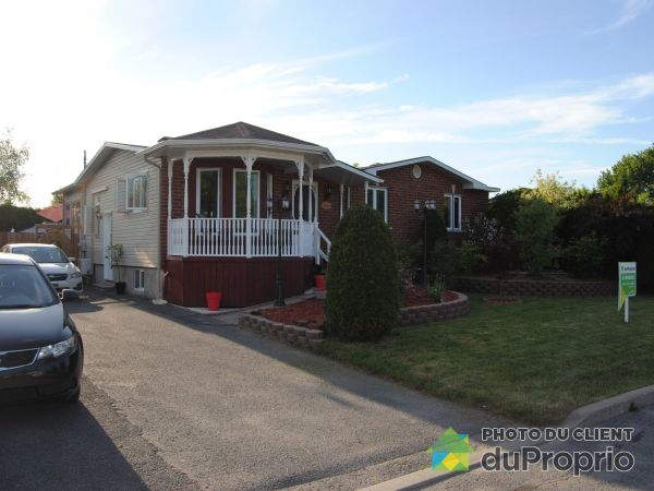 1572 rue Baker, Chambly for sale