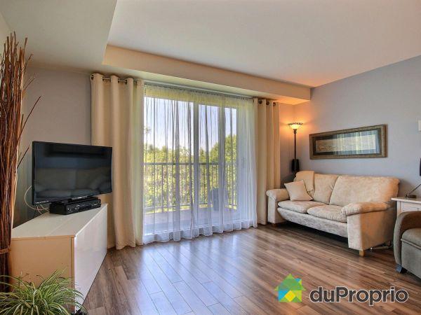 Living Room - 104-2615 rue Saint-Laurent, St-Romuald for sale