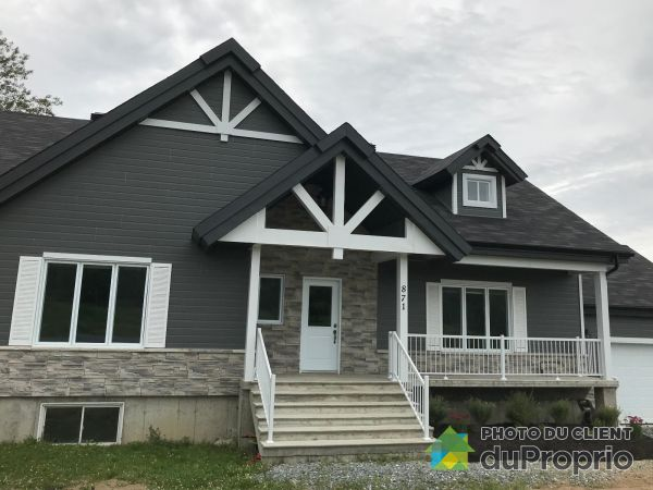 871 place André-Marcoux, Valcourt for sale