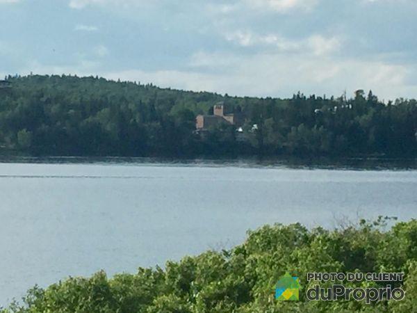 Lake View - 106 rue Bernier, Lac-Bouchette for sale