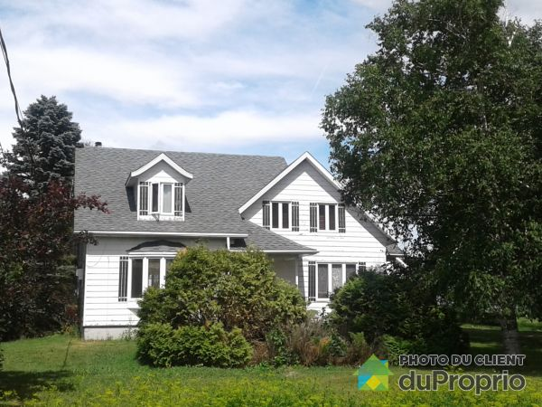 Summer Front - 670 chemin Clément, St-Justin for sale