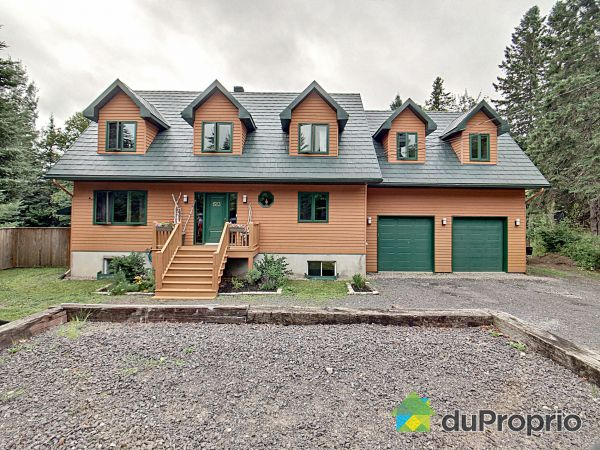 1523 chemin de la Gare, Val-Morin for sale