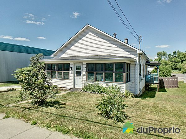 Summer Front - 119 rue Larocque, Cowansville for sale