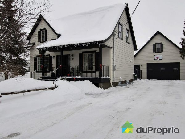 Winter Front - 618 rang du Dix, St-Étienne-De-Beauharnois for sale