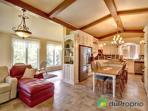 Great Room - 364 chemin Périgny, L'Anse-St-Jean for sale