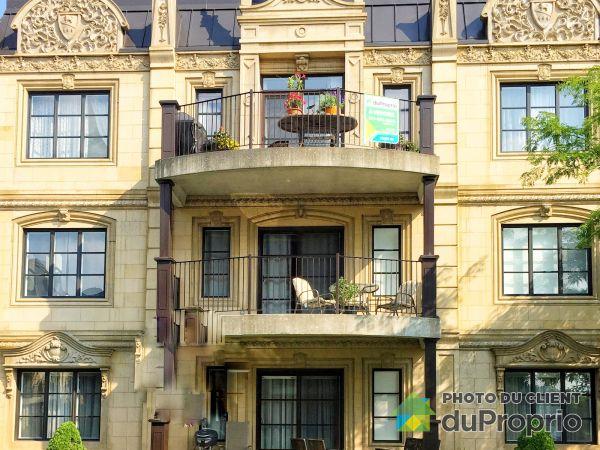 Bâtisse - 301-50, rue des Manoirs, Charlemagne à vendre