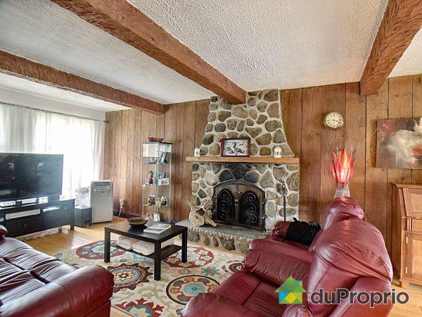 Living Room - 730 rue Grand Boulevard Ouest, St-Bruno-De-Montarville for sale