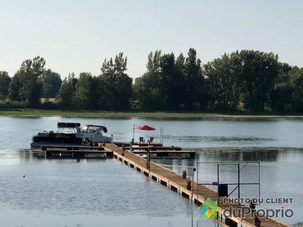 Deck - 5530 Route Marie-Victorin (2e Niveau) - Cité Sur Le Fleuve, Contrecoeur for sale